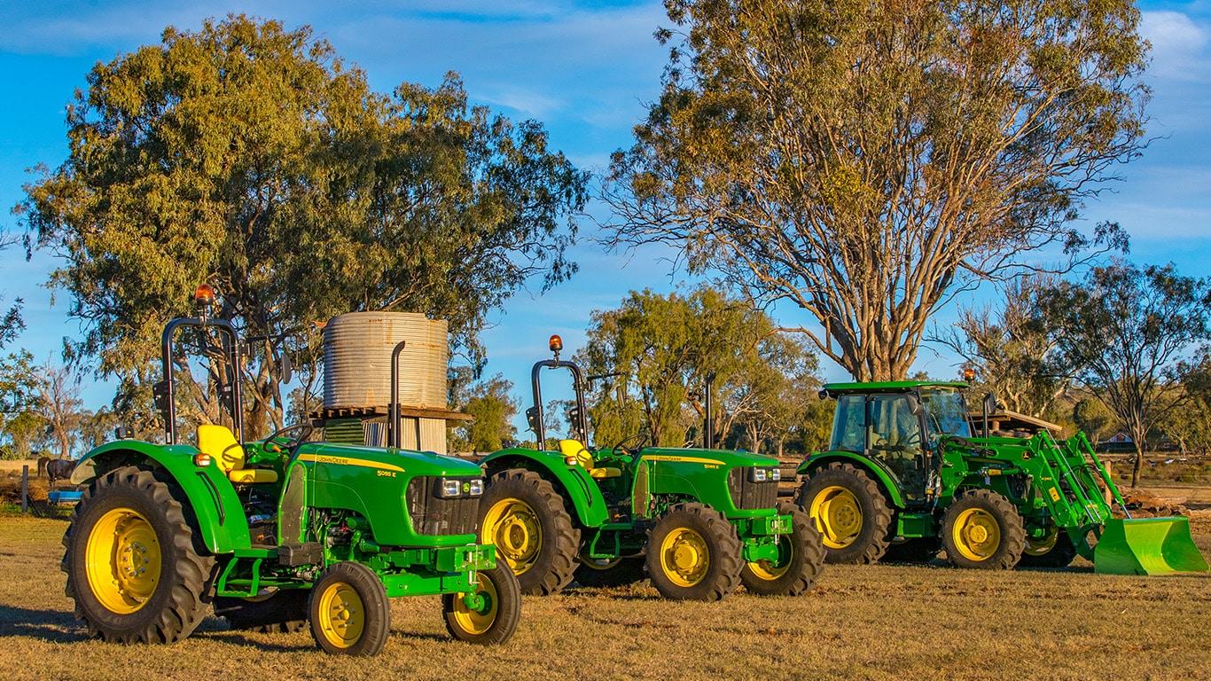 demo-utility-tractors-1366x768