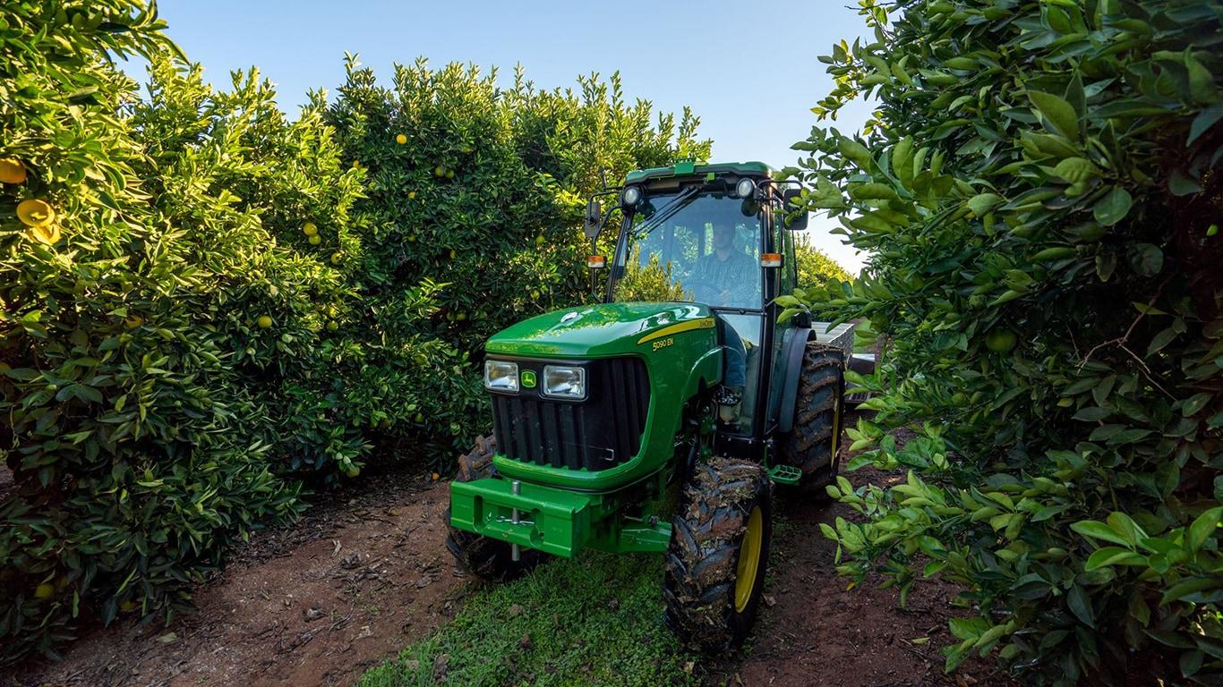 specialty-tractors-demo-bc